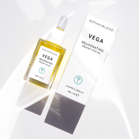 vega organic face oil square